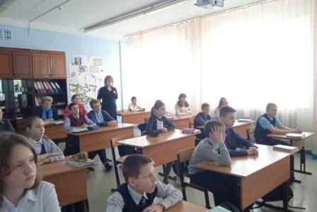 Беседа инспектора ПДН с учащимися